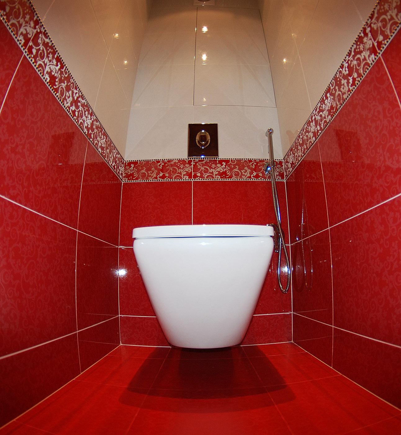 Фото скрытая в туалете девочек 22 фотография